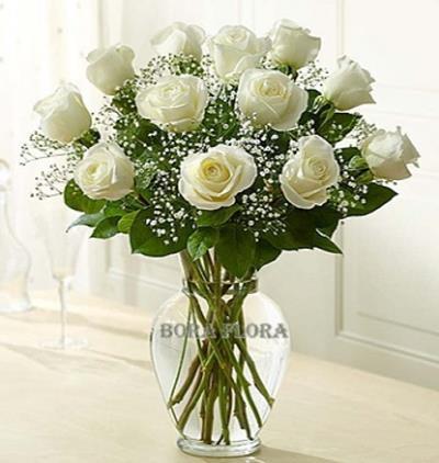 Bora Flora Vazoda Beyaz Güller